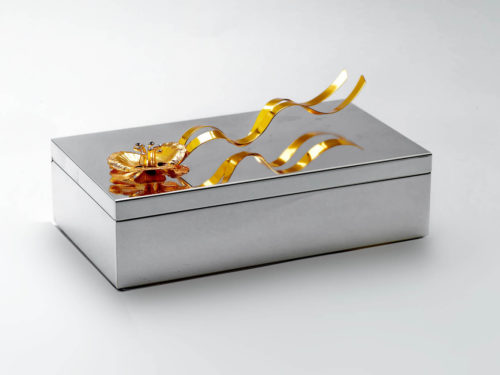 golden_flower_silver_box