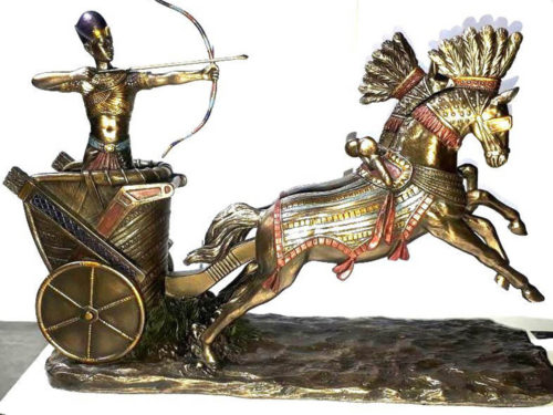 egyptian_ramses_figurine_on_chariot