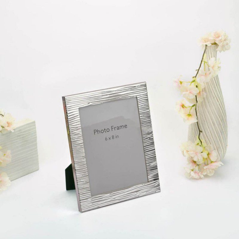 Modern Ridged Border Silver Photo Frame, Size-6x8